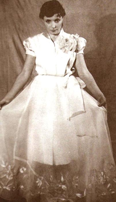 Ольга Аросева в начале своей сценической карьеры. / Фото: www.kino-teatr.ru