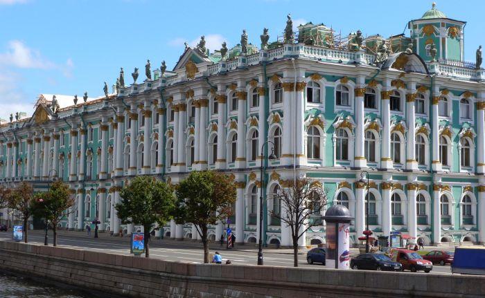 Как большевики распродавали Эрмитаж: Бриллиантовая комната, рака Невского и другие шедевры