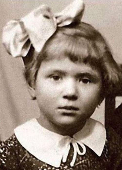 Галина Польских в детстве. / Фото: www.kniga-rekordov.ru