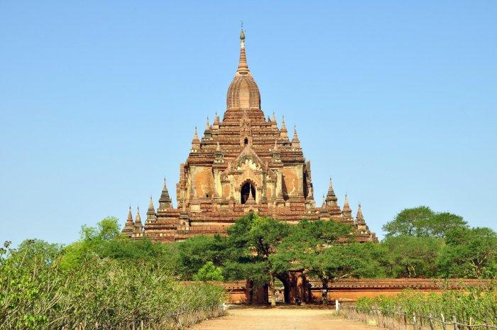 Храм Htilominlo. / Фото: www.fareastour.asia