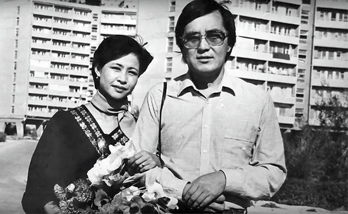 Роза Рымбаева и Таскын Окапов. / Фото: www.24smi.org