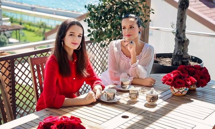 Слава с дочерью Александрой. / Фото: www.foxy-fit.ru
