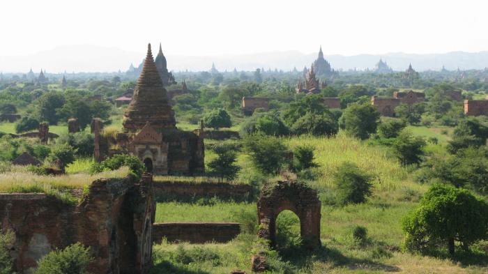 Некоторые храмы давно разрушены. / Фото: www.vascoplanet.com