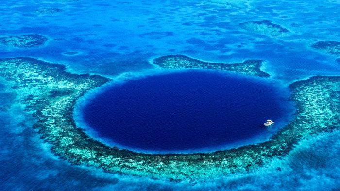 Большая голубая дыра, Белиз. / Фото: www.rei.com