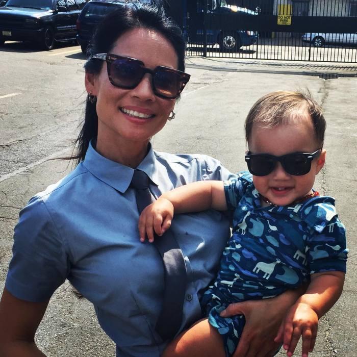 Люси Лью с сыном. / Фото: www.woman.ru