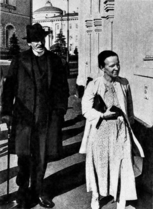 Ромен Роллан и Мария Кудашева. / Фото: www.regnum.ru