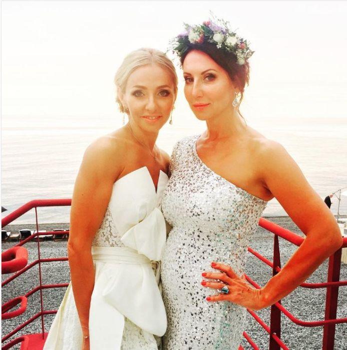 Татьяна Навка с подружкой Аликой Смеховой. / Фото: www.instagram.com