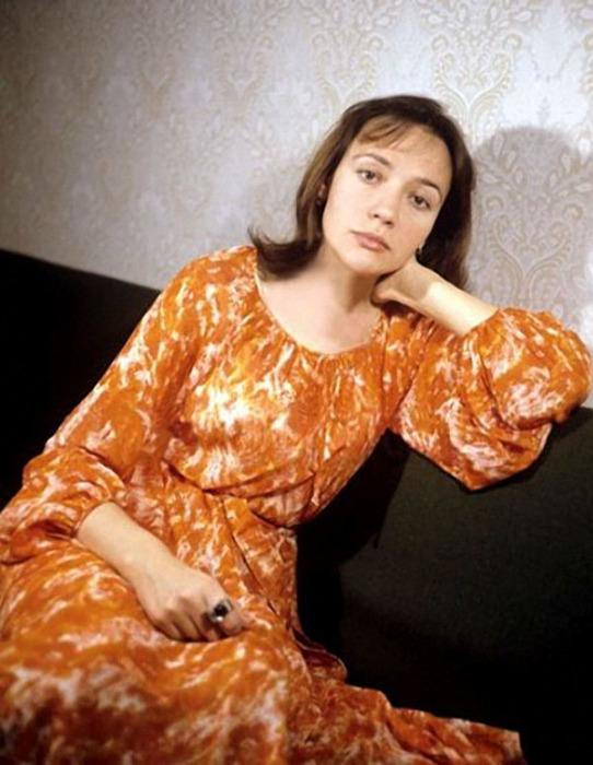 Елена Санаева в юности. / Фото: www.mtdata.ru