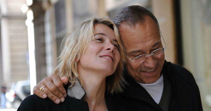 Андрей Кончаловский и Юлия Высоцкая. / Фото: www.love-psy.ru