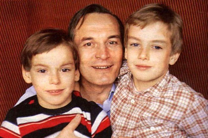 Василий Лановой с сыновьями. / Фото: www.globalsib.com