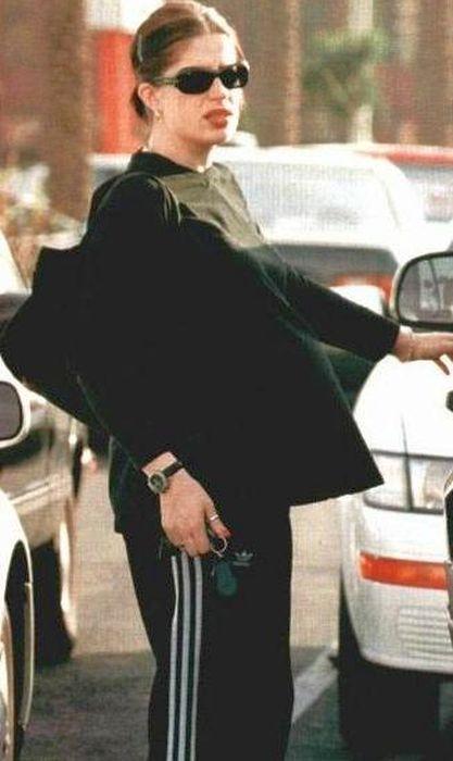 Дженнифер Сайм в ожидании счастья. / Фото: www.etsphoto.ru