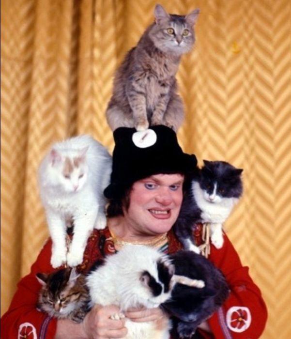 Юрий Куклачев с кошками. / Фото: www.ya62.ru