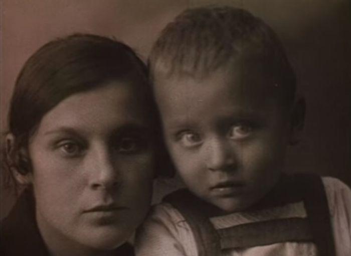 Первая жена Сергея Образцова с сыном Алексеем. / Фото: семейный архив