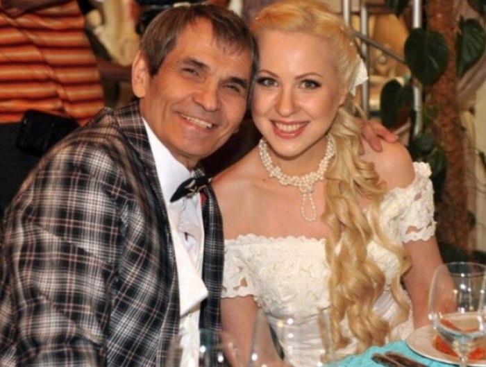 Бари Алибасов и Виктория Максимова. / Фото: www.divnoje.ru