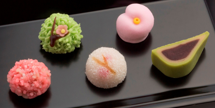 Традиционные японские сладости. / Фото: www.loveartlab.me