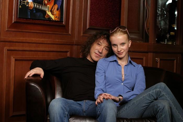 Владимир Кузьмин с женой. / Фото: www.woman.ru