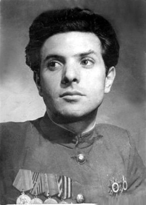 Пётр Тодоровский в молодости. / Фото: www.newsland.com