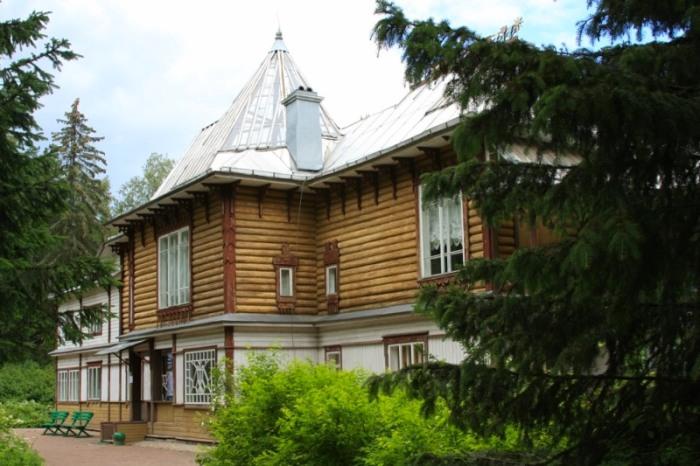 Дом-музей Ильи Репина в Пенатах. / Фото: www.livejournal.com