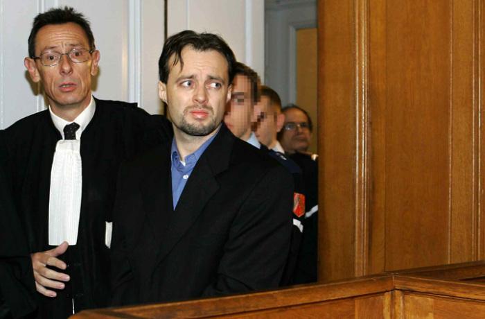 Стефан Брайтвизер в зале суда.  / Фото: www.viraltide.com