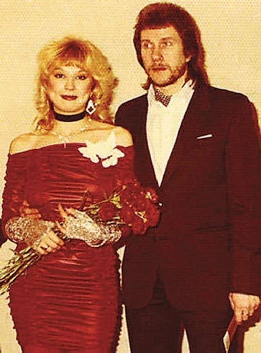 Владимир Ермаков и Маша Распутина. / Фото: www.mypoisk.su