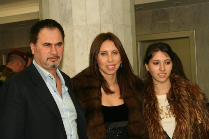 Ирина и Валерий Меладзе с дочерью. / Фото: www.woman.ru