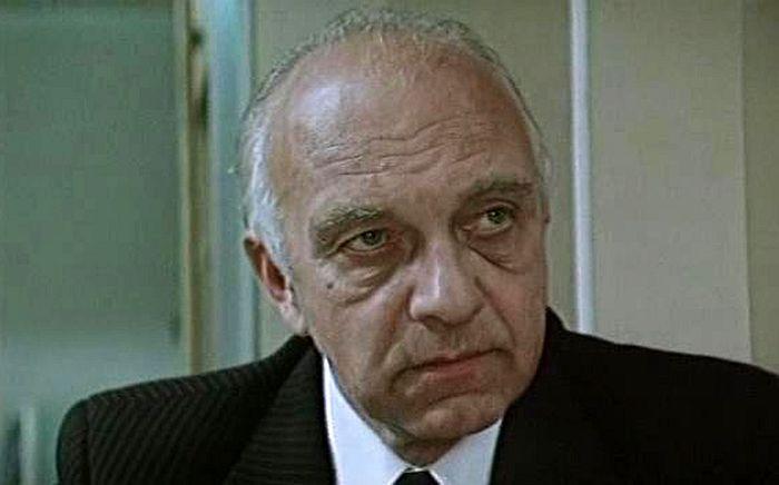 Михаил Погоржельский, кадр из фильма «Комиссия по расследованию». / Фото: www.kino-teatr.ru