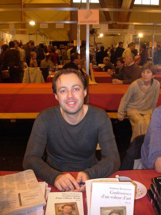Стефан Брайтвизер презентует собственную книгу.  / Фото: www.wikimedia.org