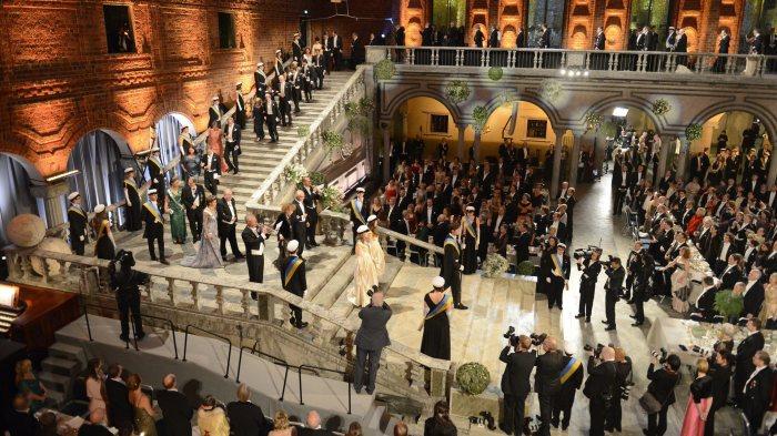 На банкете никогда не бывает задержек или опозданий. / Фото: www.y.cdn-expressen.se