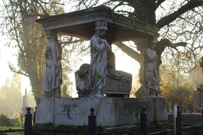 На кладбище Кенсал-Грин. / Фото: www.ttnotes.com