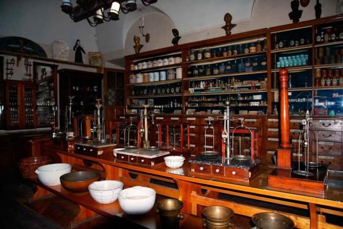 Аптека-музей Львова «Под Чёрным орлом». / Фото: www.kavalier.com.ua