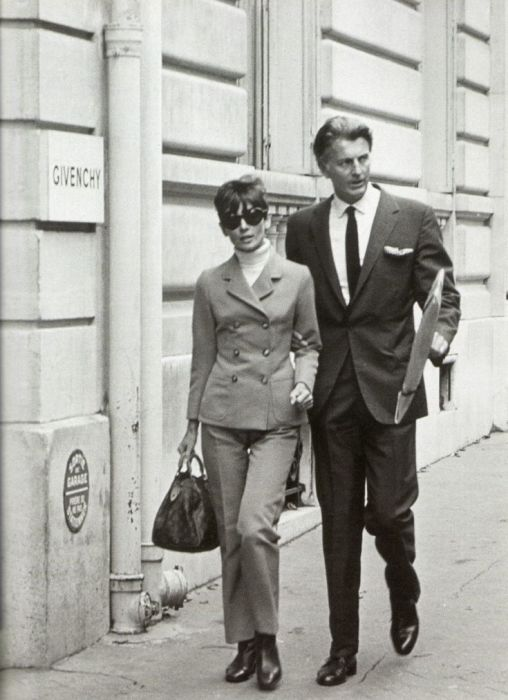 Одри Хепбёрн и Юбер де Живанши. / Фото: www.pinimg.com