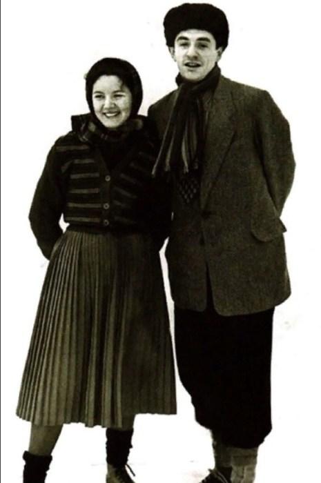 Нина Лапшинова и Марк Захаров в молодости. / Фото: www.vokrug.tv