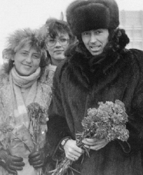 Валерий Леонтьев и Людмила Исакович  в молодости. / Фото: www.nvideoboom.cc
