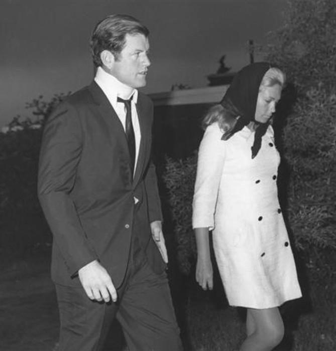 Эдвард Кеннеди и Мэри Джо Копечне. / Фото: www.woman.ru