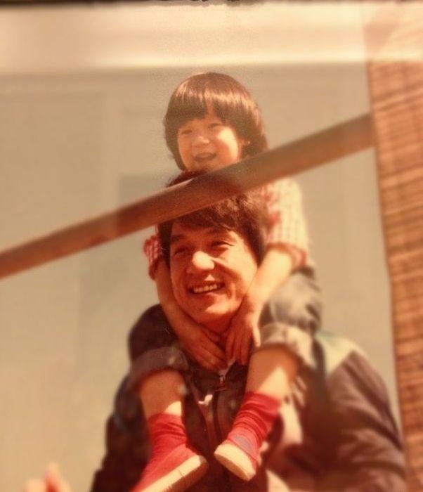 Джеки Чан с сыном. / Фото: www.tumblr.com