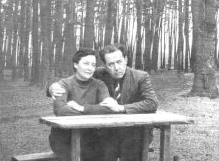 А. Солженицын и Н. Решетовская в Сологче. 1963 г. / Фото: www.belousenko.com
