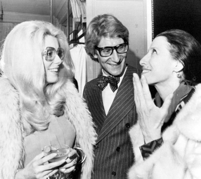 Катрин Денев, Ив Сен-Лоран и Майя Плисецкая, 1967 год. / Фото: www.zagopod.com