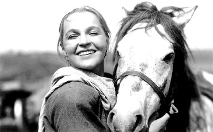 Вера Марецкая, кадр из фильма «Член правительства». / Фото: www.kino-teatr.ru