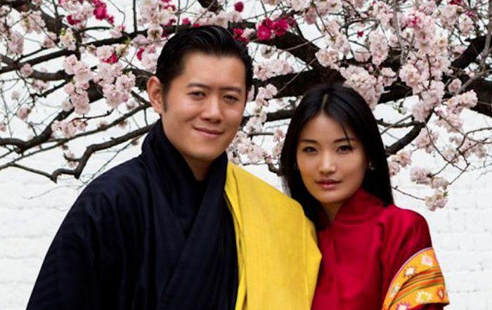 Король и королева Бутана. / Фото: www.marieclaire.ru
