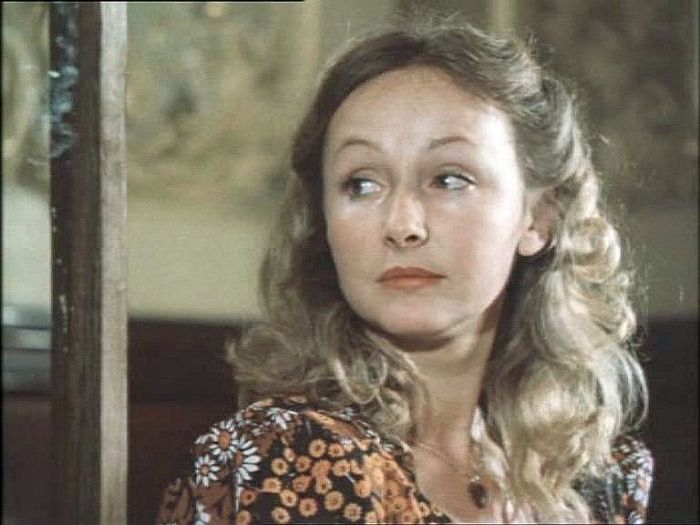 Наталья Петрова, кадр из фильма «Место встречи изменить нельзя». / Фото: www.kino-teatr.ru