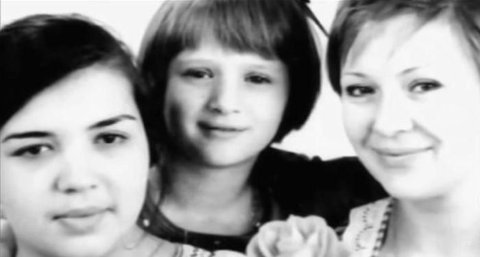 Галина Польских с дочками Ирадой и Марией. / Фото: www.1tv.ru