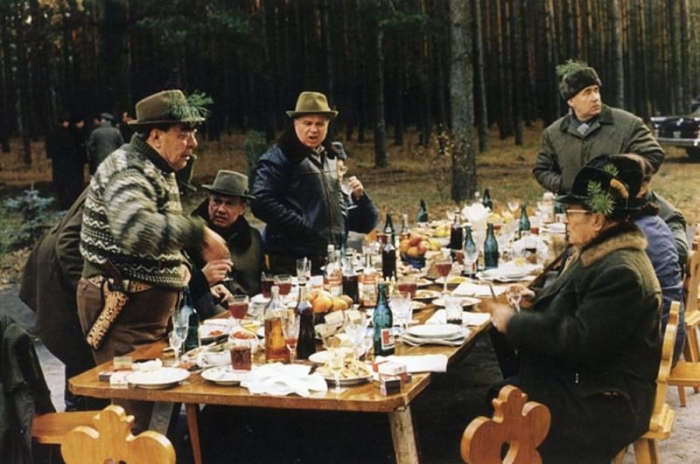 Охотничий обед Леонида Брежнева. / Фото: www.timeallnews.com