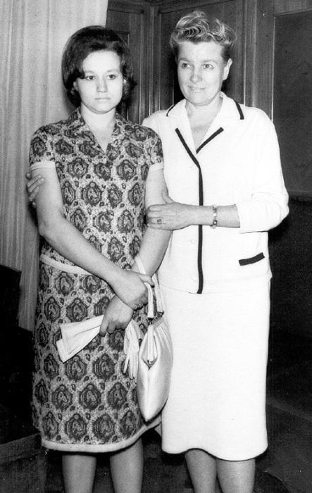 Екатерина Фурцева с дочерью Светланой. / Фото: www.eg.ru