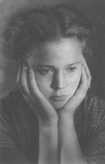 Иза Жукова, 1956 год. Любимая фотография Высоцкого. / Фото: www.vysotskiy-lit.ru