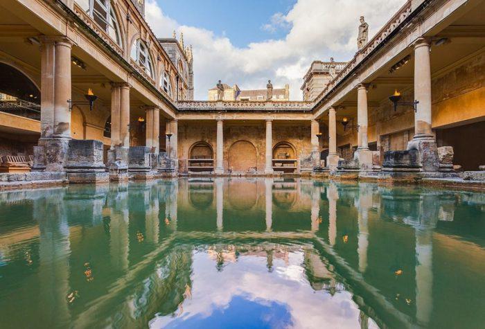 Римские бани в Бате. / Фото: www.topvoyager.com