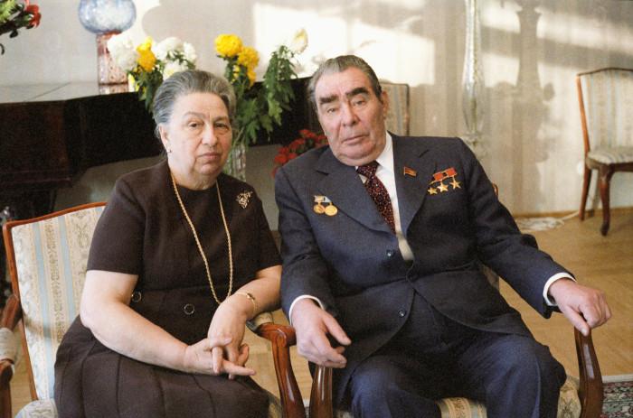 Виктория Петровна и Леонид Ильич Брежневы. / Фото: www.zaya.su