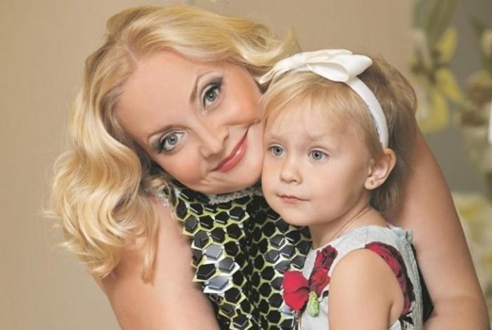 Светлана Пермякова с дочкой. / Фото: www.mycdn.me