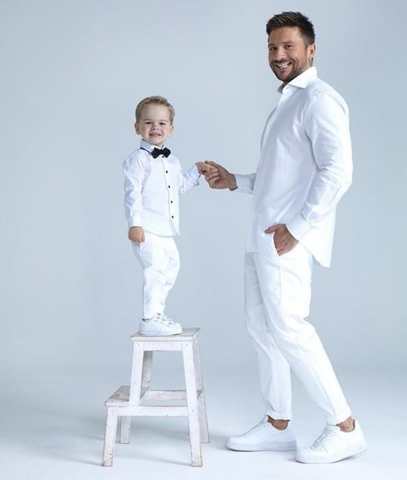 Сергей Лазарев с сыном.  / Фото: www.woman.ru