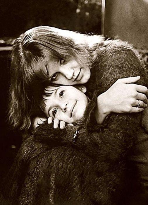 Елена Проклова с дочерью Ариной. / Фото: www.7days.ru