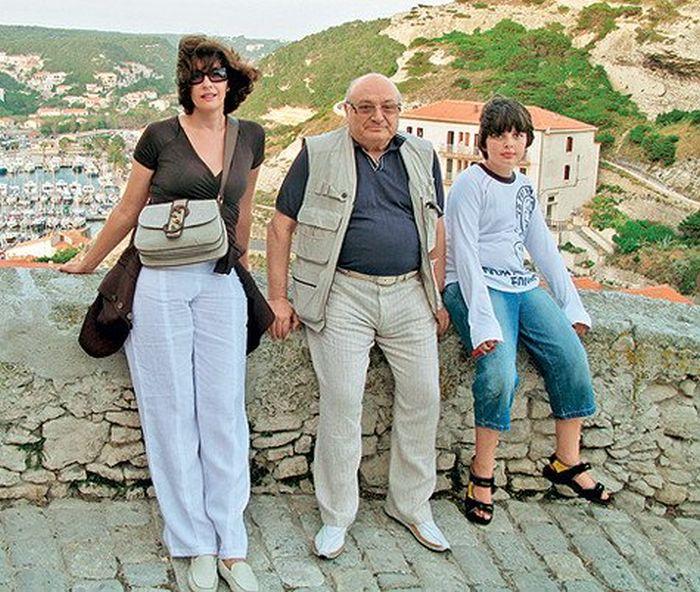 Артист с женой Натальей и сыном Митей на отдыхе в Италии. / Фото: личный архив Михаила Жванецкого